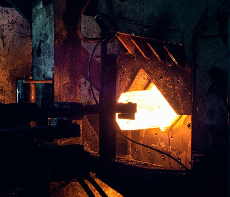 Sadam - stampaggio acciaio - scaldato